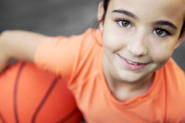 Devo incentivar o meu filho a uma prática desportiva regular?