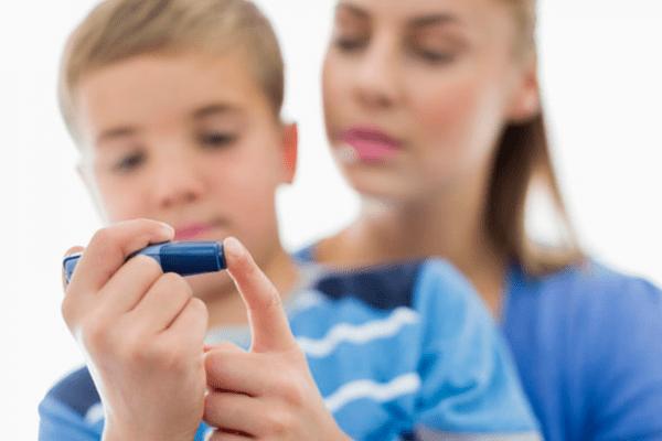 Fim da picada para crianças diabéticas